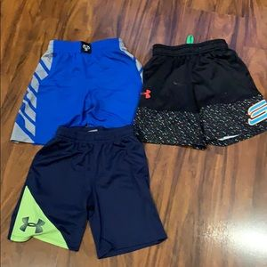 2 Under Armour & 1 Steph Curry basketball shorts